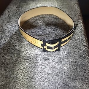 Worth gold touched cork belt with black patent
